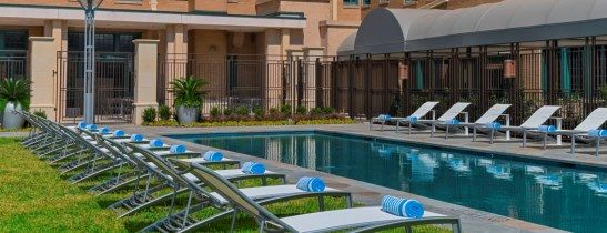 Dallas Hotel Pool - Le Meridien Dallas, the Stoneleigh