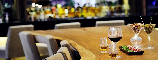 Le Méridien Singapore, Sentosa | The WoW - World of Whisky Y-Table